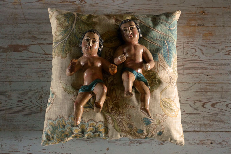 Pair of Putti's