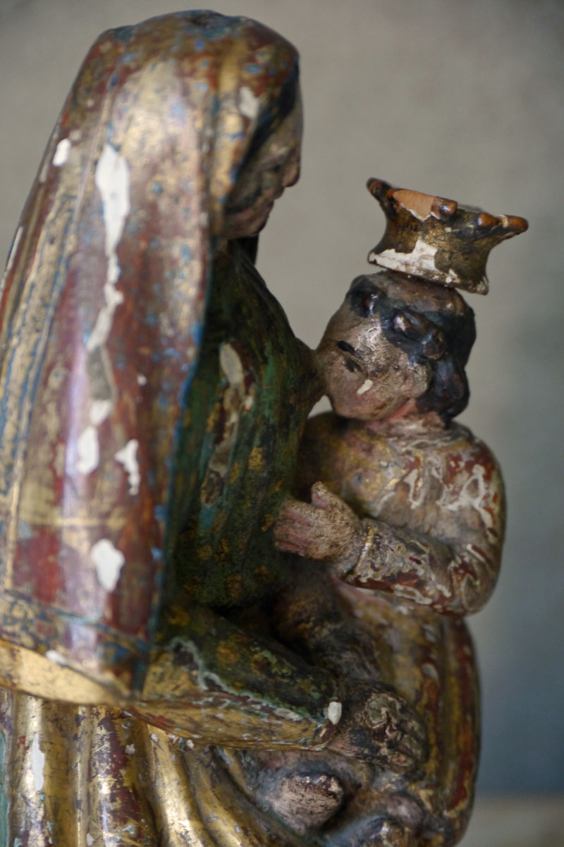 Statue Mary with Child