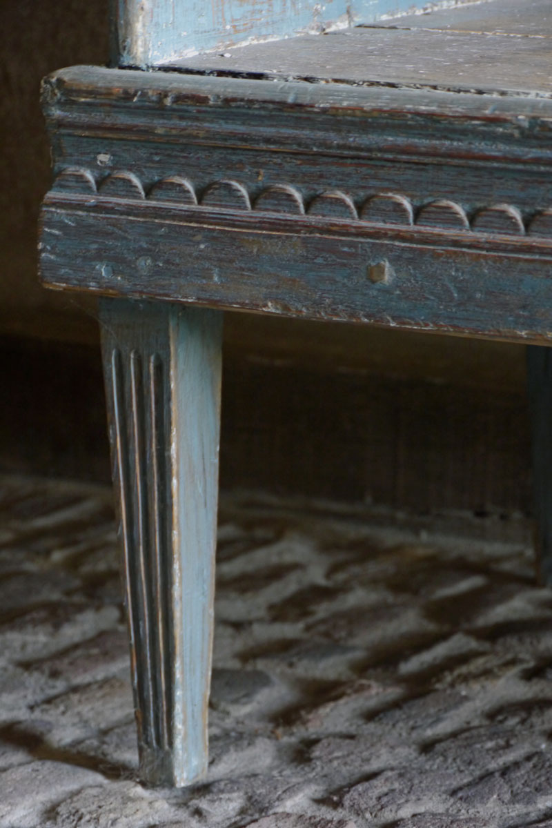 Gustavian Sofa original Blue Patina