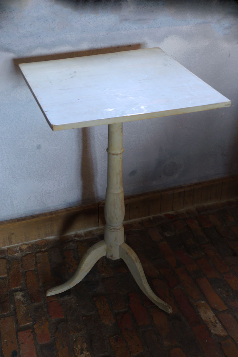 Swedish table
